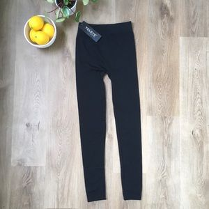 2/$25 Yelete NWT Black Fleecy Legging sz S